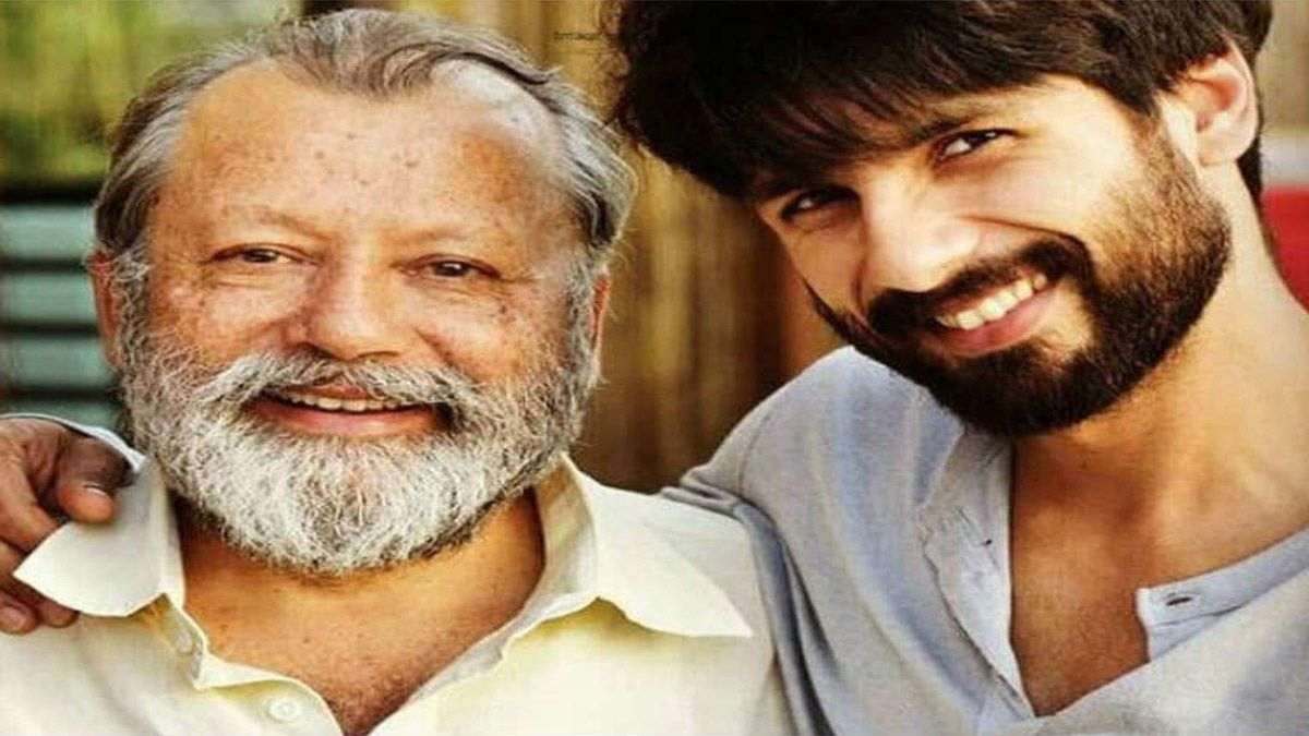 """Shahid Kapoor Still Gets """"Nervous"""" Sharing Screen With Father"""