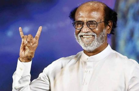 """After Getting """"Warning from God,"""" Rajinikanth Cancels Political Plans"""