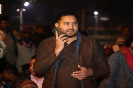 """A Phone Call from Bihar's Teacher Protesting Site Goes Viral, """"This Is Tejashwi Yadav Speaking"""""""